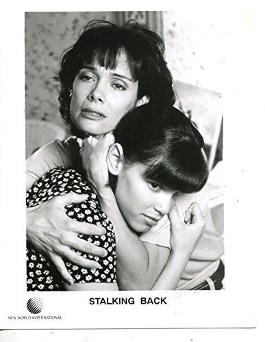 (MOVIE PHOTO: STALKING BACK-8 X 10-TV MOVIE-CRIME-DRAMA-LINDA ANELLO-LUANNE)
