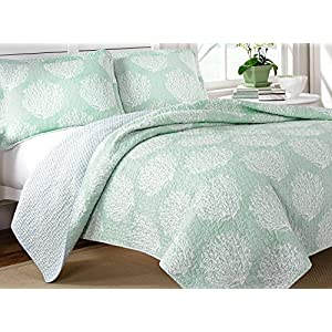51Y%2B4eM84IL._SS300_ 200+ Coastal Bedding Sets and Beach Bedding Sets For 2020