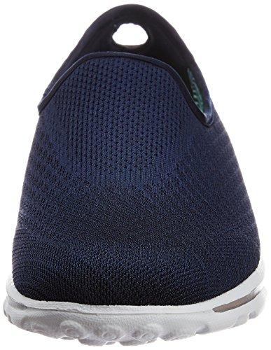 Skechers Gowalk Mezcla de deslizamiento ligero En la zapatilla de deporte azul marino
