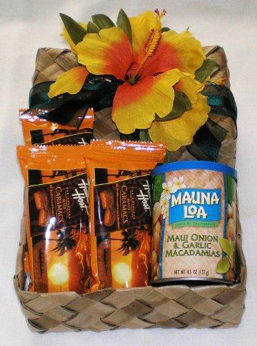 Hawaiian Mauna Loa Maui Onion & Garlic Macadamia Nuts & Host Caramacs Gift Basket #2