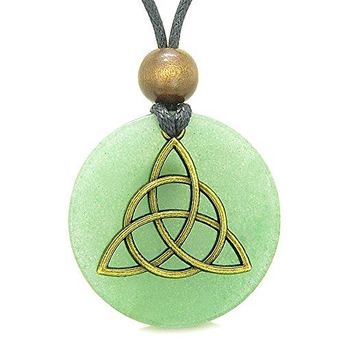 (Celtic Triquetra Protection Knot Magic Powers Amulet Green Quartz Medallion Pendant Necklace)