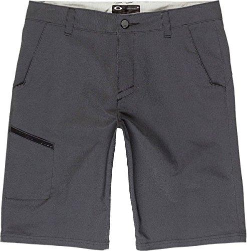 Oakley Men's Hazardous Shorts, 34, Blackout Oakley Golf Shorts