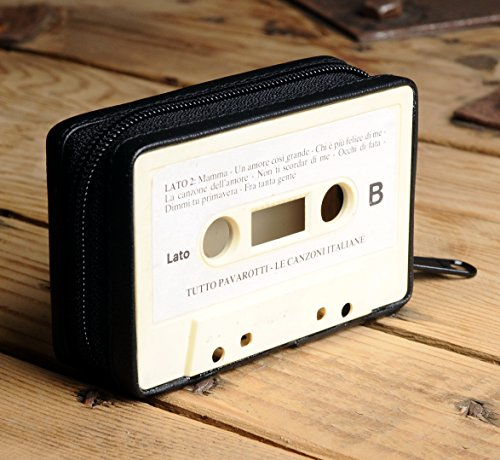 Small case made of music cassette - Free standard shipping - Upcycling by Milo