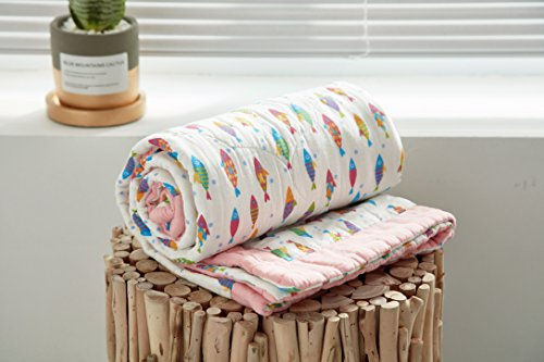 """J-pinno Fishes Pink Baby Nursery Muslin Cotton Bed Quilt Blanket Crib Coverlet 43.5"""" X 43.5"""" (Fish) from J-pinno"""