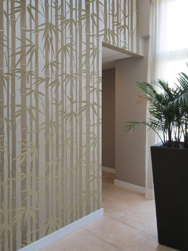 (Stencil Bamboo Allover - Reusable wall stencils instead of wallpaper for DIY decor)