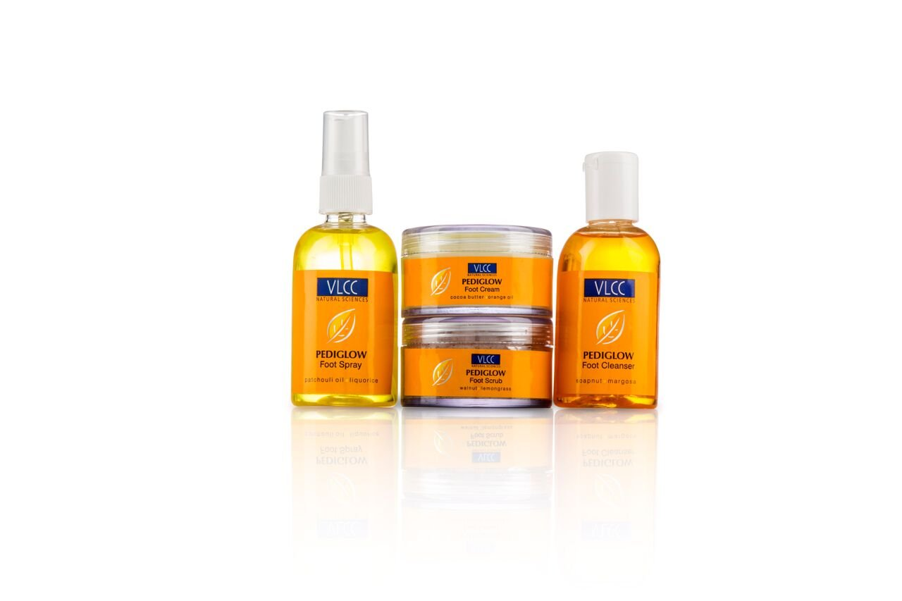 VLCC Pedi Glow Foot Care Kit (Combo Of 4)
