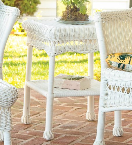 All-Weather Resin Outdoor Easy Care Wicker End Table, In White