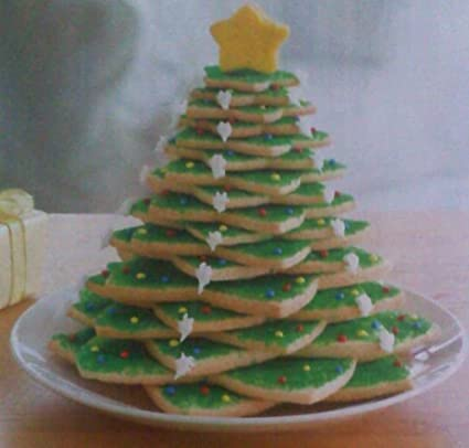 Avon Stackable Christmas Tree Cookie Cutter Forms Set 10 Pieces