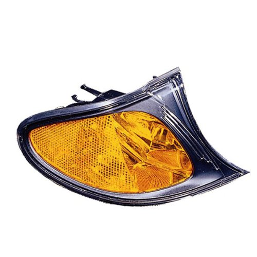 2002-2003-2004-2005 BMW E46 3-Series 320i 325i 330i 4-Door Sedan & Wagon Corner Park Light Turn Signal Marker Lamp (with Amber Lens & Black Bezel) Right Passenger Side (02 03 04 05)