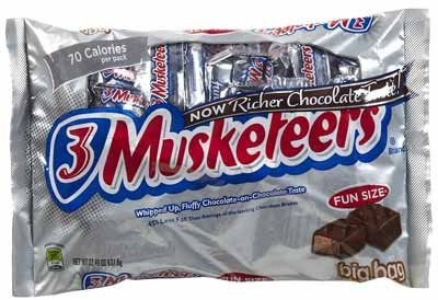 3 Musketeers Fun Size Candy Bars - 3 lb. - Candy Musketeers Bar Three