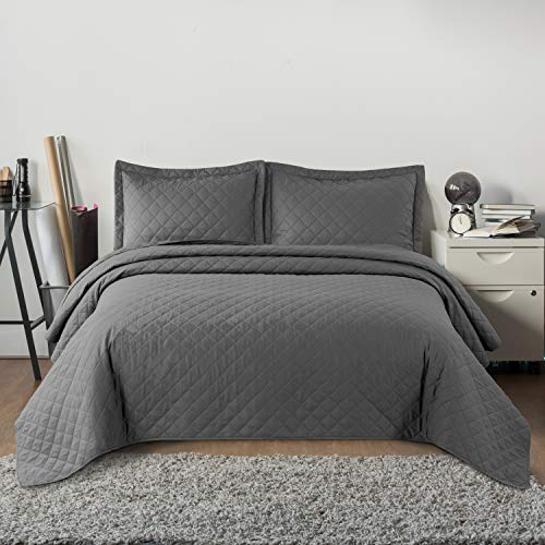Bedsure Quilt Set Grey King Size106x96 inches Diamond Stitched Pattern Bedspread  Soft Microfiber
