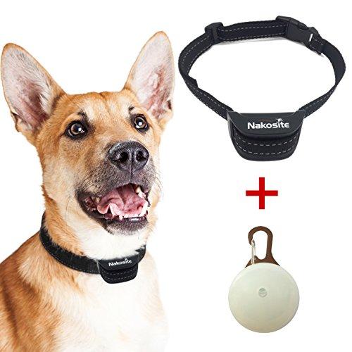 51Y6gRy HCL. SS500 EFECTIVIDAD: El Nakosite PET2433 El Mejor Collar Anti-Ladridos efectivamente entrena a su perro para dejar de ladrar innecesariamente utilizando sonido audible y vibración. No se aplica ningún CHOQUE ELÉCTRICO. Se usa alrededor del cuello de su perro. Perfecto para interiores y exteriores. Resultados comprobados. Recomendado por los amantes de los perros. Haga clic en el botón naranja AÑADIR A LA CANASTA para obtener el suyo HOY. SENSIBILIDAD: Este confiable collar para perro se ha creado con un CHIP avanzado que tiene 7 niveles ajustables de la sensibilidad. Cada vez que su perro ladra, el collar para perros Nakosite PET 2433 activa un tono y una vibración. Si su perro sigue ladrando, el tono y la vibración se intensifican progresivamente hasta que el ladrido se detiene. PET2433 es cómodo, de moda y uno de los mejores en el mercado ahora. ¡Ordenar ahora! CONVENIENCIA: Para perros pequeños, medianos y grandes que pesan 3-68kgs o 5-150lbs con el tamaño del cuello 25-60cm o 10-24pulgadas. ¡Preferido por los dueños de Labradores, Pastor Alemán, Golden Retriever, Beagle, Bulldog, Yorkshire Terrier, Boxer, Poodle, Dachshund, Chihuahua etc. ¡Ayude a su perro a dejar de ladrar! ¡Haga clic en el botón naranja AÑADIR A LA CANASTA! collar antiladridos