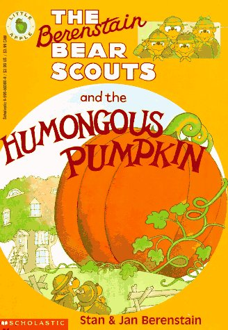 The Berenstain Bear Scouts and the Humongous Pumpkin (Berenstain Bear Scouts)]()