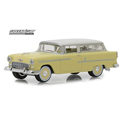 1955 Chevy Two-Ten Handyman, Yellow - Greenlight 29930A/48 - 1/64 Scale Diecast Model Toy Car: Toys & Games