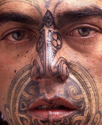 Moko - Maori Tattoos: Amazon.es: Pita Turei, Nicole MacDonald, Hans Neleman: Libros en idiomas extranjeros