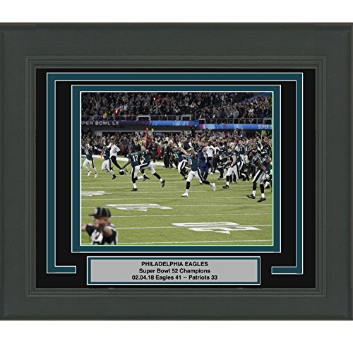 Framed Philadelphia Eagles Super Bowl 52 Champions Celebration 8x10 Football Photo Professionally Matted #1
