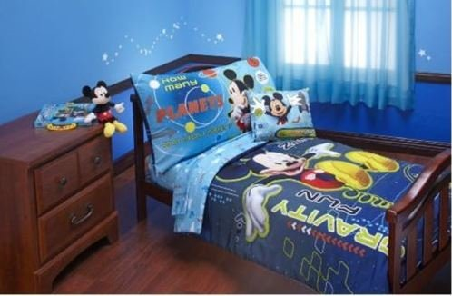 Disney Mickey Mouse Zero Gravity (Comforter Only) Size Toddler Boy Girl Kid