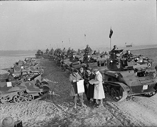 itish Army in France 1940 Bren Gun Carriers Light Tank Mk VIs 4/7th Royal Dragoon Guard. ()