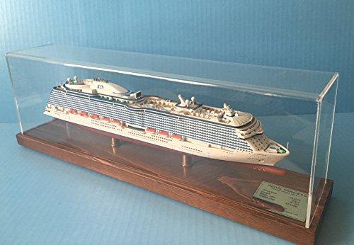 regal-princess-cruise-ship-model-1900-scale-display-series