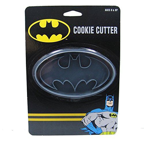 ICUP DC Batman Logo Cookie Cutter ()
