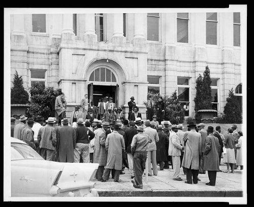Photo: Montgomery, AL, Bus boycott, 1956, African Americans
