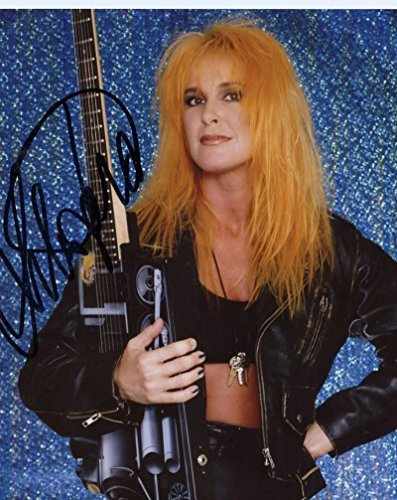 (LITA FORD ROCK STAR GUITARIST SIGNED AUTOGRAPHED 8X10 PHOTO W/COA)