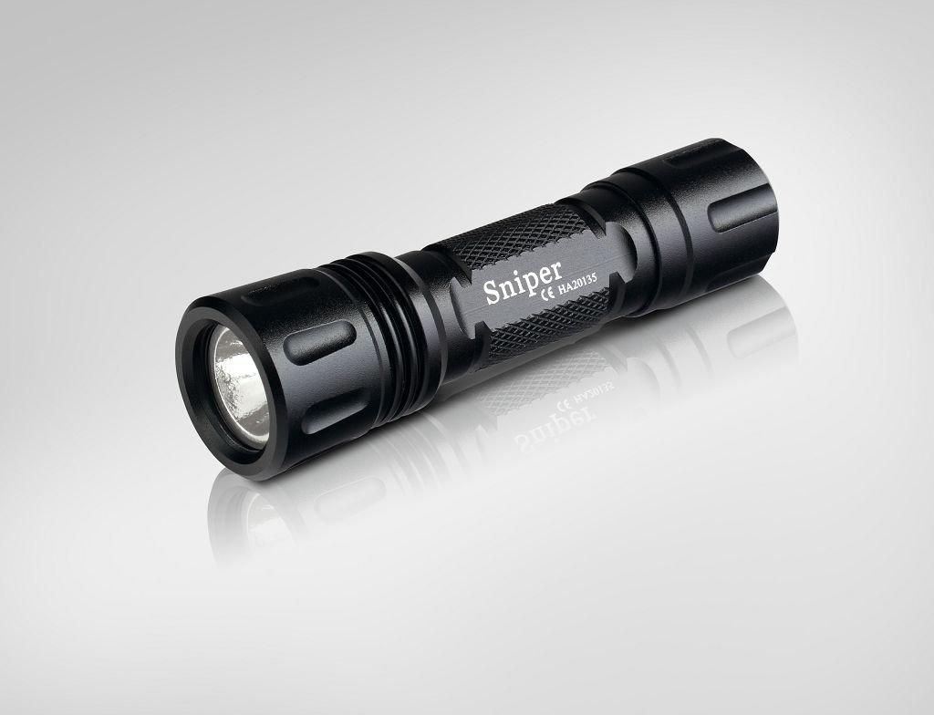 Wolf-Eyes 6AX Profi Taschenlampe mit grüner LED ideal für Jäger