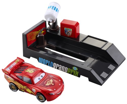(Cars 2 Pit Stop Launchers Lightning McQueen)