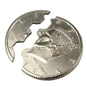 Magic close up street trick bite coin