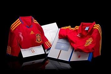 adidas - ESPAÑA 1ª Set 1982/2010 EDICION COLECCIONISTA Hombre Color: Rojo Talla: M: Amazon.es: Deportes y aire libre