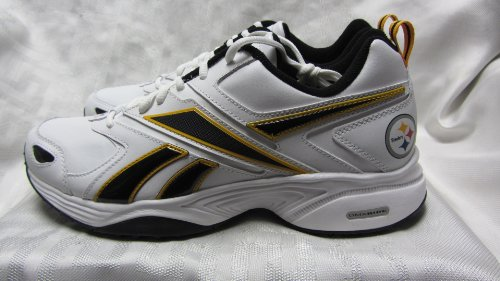 (Reebok Pittsburgh Steelers Mens Size 8 Pro Evaluate Trainer White Black Gold Shoes Sneakers AMZ-R 146 (F1 1 sz8))