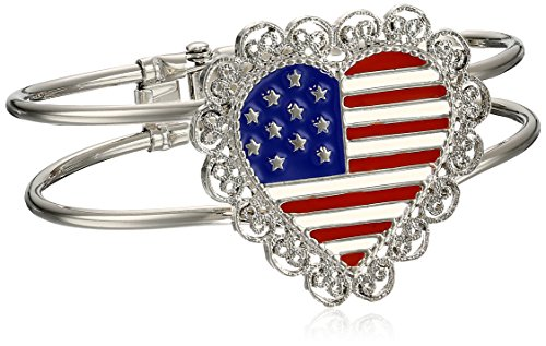 1928 Jewelry Made in America Scalloped Heart USA Flag Bracelet