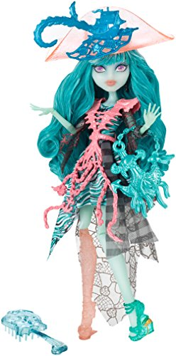 Monster-High-Fantasmagrica-Vandala-Shipwreck-Mattel-CDC31