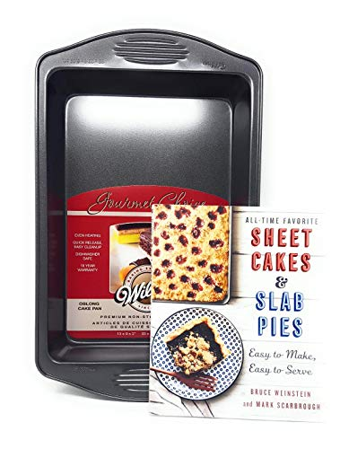 Wilton Gourmet Choice Premium Non Stick Oblong Cake Pan Bundle with All-Time Favorite Sheet Cakes & Slab Pies: Easy to Make, Easy to Serve (Paperback)