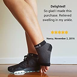 PLANTAR FASCIITIS SOCK Compression Socks - Foot Care Sleeves - Best for Heel , Arch & Ankle Brace Support - Boosts Circulation , Eases Swellings , Enables Faster Relief - 1 Pair (Black, Small Medium)
