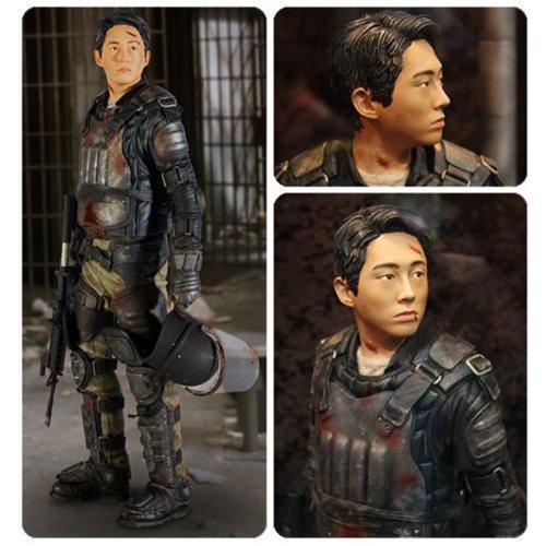 Gentle Giant The Walking Dead Glenn Rhee 1:4 Scale Limited Edition Statue