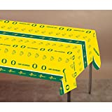 Club Pack of 12 Green and Yellow University of Oregon NCAA Plastic Picnic Party Table Covers 108''