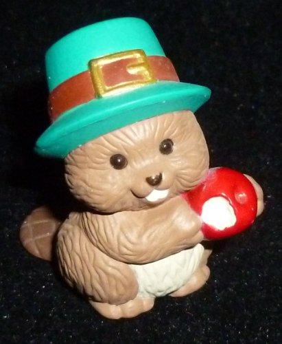 (Hallmark Merry Miniature Thanksgiving Beaver with Apple Figurine)