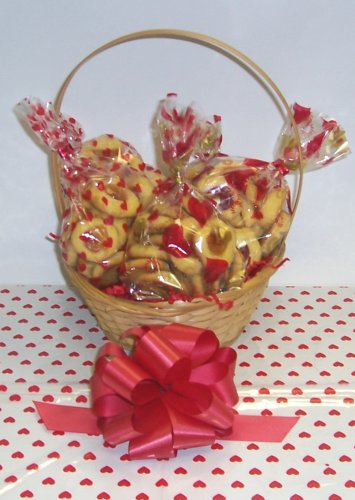 Butter Cookie Lovers Basket with Handle Heart Wrapping ()