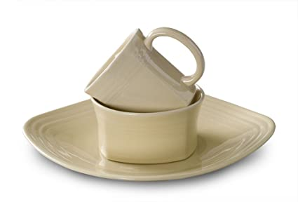 Fiesta 3-Piece Square Place Setting Ivory  sc 1 st  Amazon.com & Amazon.com | Fiesta 3-Piece Square Place Setting Ivory: Dinnerware ...