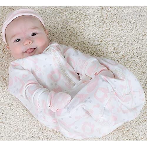 The Peanutshell Newborn Essentials Layette Gift Set for Baby Boys or Girls 23 Piece
