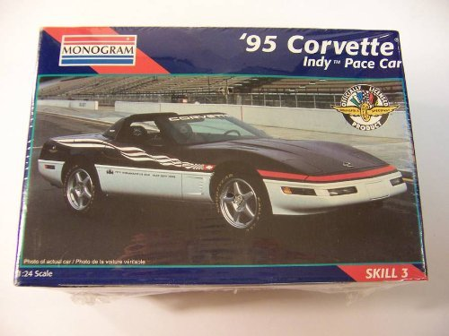 Monogram '95 Corvette Indy Pace Car. 1:24 Scale Model Kit.