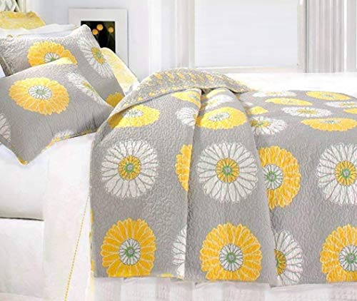 Finely Stitched Miss Daisy Yellow and White Floral King Quilt Set - Elegant Gray Fully Reversible Coverlet Bedding Covered in Rows of Bright Sunny Yellow and White Sunflowers