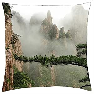 Árbol de mágico en una niebla Valle paisaje–Funda de almohada manta (18