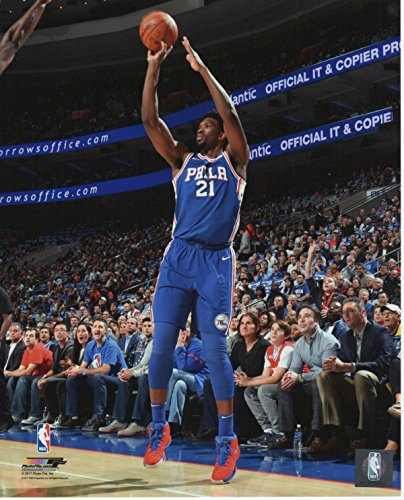 Joel Embiid Philadelphia 76ers Unsigned Licensed Basketball Photo (Basketball Nba Photo)