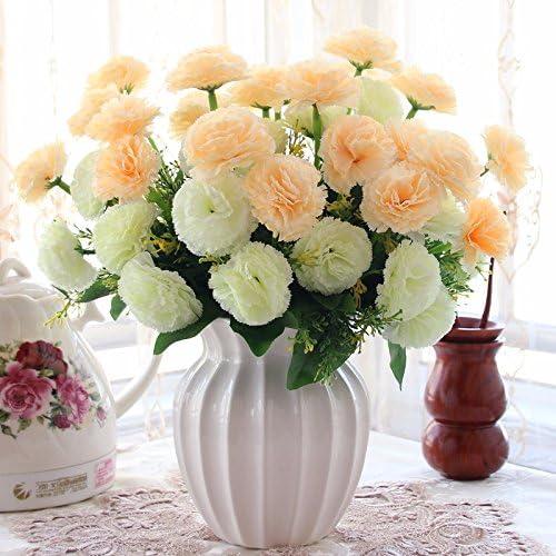 En el salón decorado con flores de emulación empaquetados salón ...