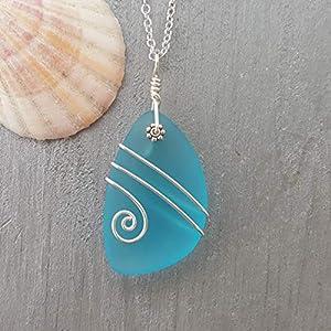 world-of-handmade-necklace-made-of-sea-glass-handmade-in-hawaii