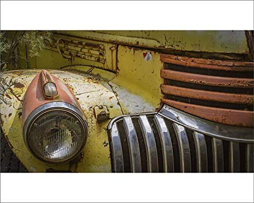 Media Storehouse 10x8 Print of Close-up of The Headlight and Grill of a Rusty Old car (15510379)