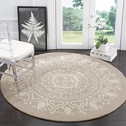 Safavieh Bella Collection BEL133A Handmade Beige and Ivory Premium Wool Round Area Rug (5' Diameter)