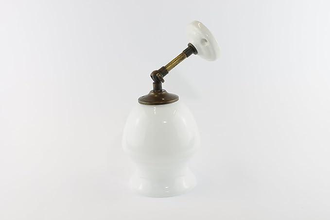 Applique lampada da parete con paralume bianco in stile vintage